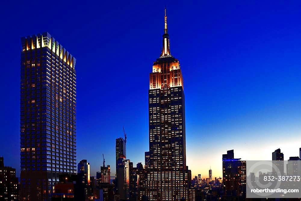 Empire State Building at the blue hour, Manhattan, New York City, New York State, USA, North America