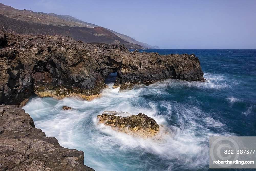 Surf and waves, Atlantic Ocean, south coast, La Palma, Canary Islands, Canary Islands, Spain, Europe