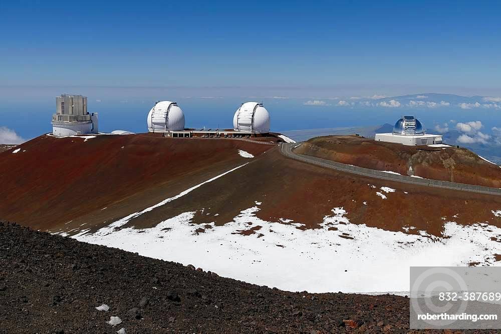 Mauna Kea Observatory, Subaru Telescope, Keck Observatory and Infrared Telescope Facility, Mauna Kea Ice Age Natural Area Reserve, Big Island, Hawaii, USA, North America