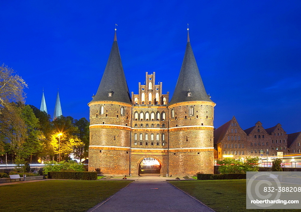 Holstentor, former western city gate, field side, Luebeck, Schleswig-Holstein, Germany, Europe