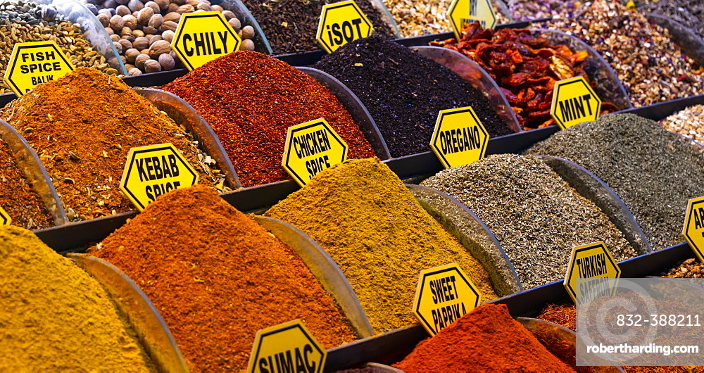 Different spices at a market stand, Spice Bazaar, Grand Bazaar, Kapali Carsi, Istanbul, Turkey, Asia