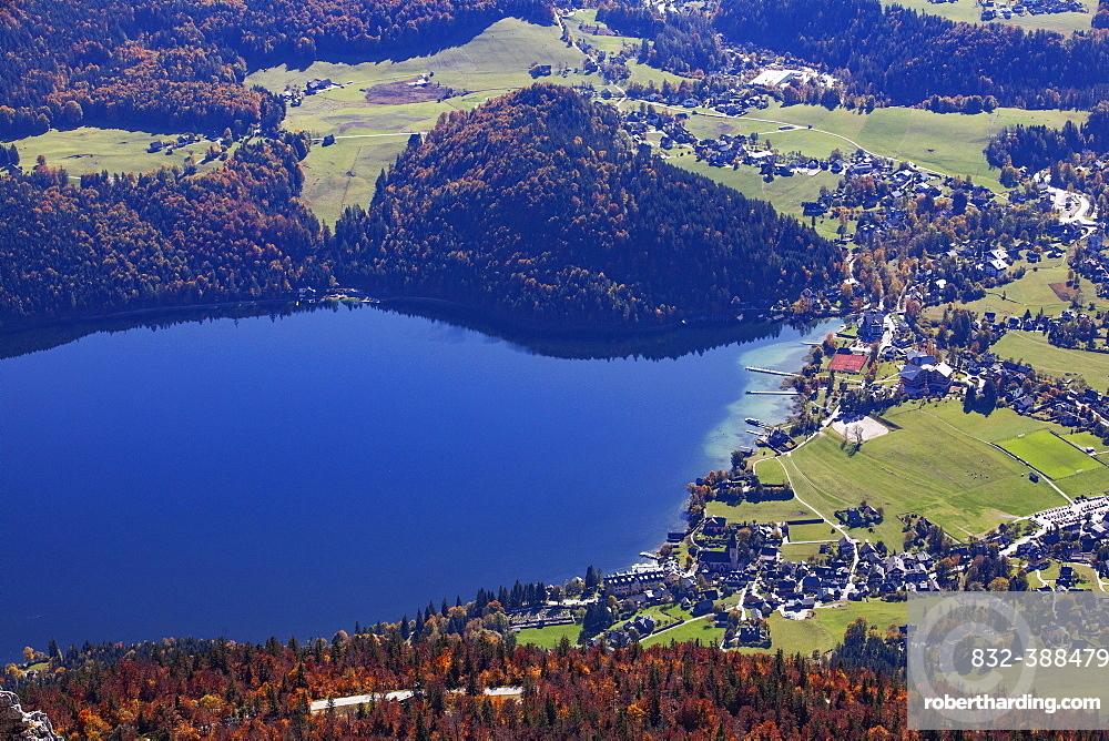 View from Loser to the Altausseersee and Altaussee, Salzkammergut, Steiermarkt, Austria, Europe