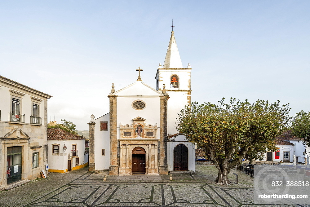 Church in the city centre, Obidos, Portugal, Europe