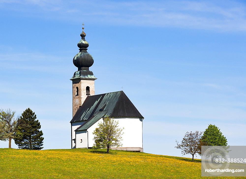Church of Saint George in Sommerholz, Irrsberg, Oberhofen, in spring, Salzkammergut, Upper Austria, Austria, Europe