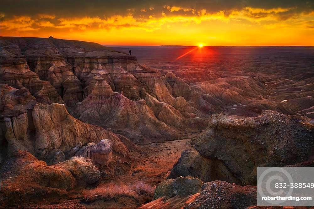 Beautiful sunrise in Tsagaan suvarga. Dundgovi province, Mongolia, Asia