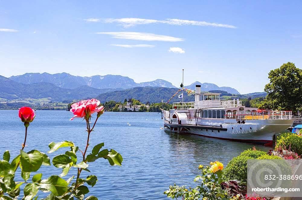 Historic paddle steamer Gisela, Gmunden, Lake Traun, Salzkammergut, Upper Austria, Austria, Europe