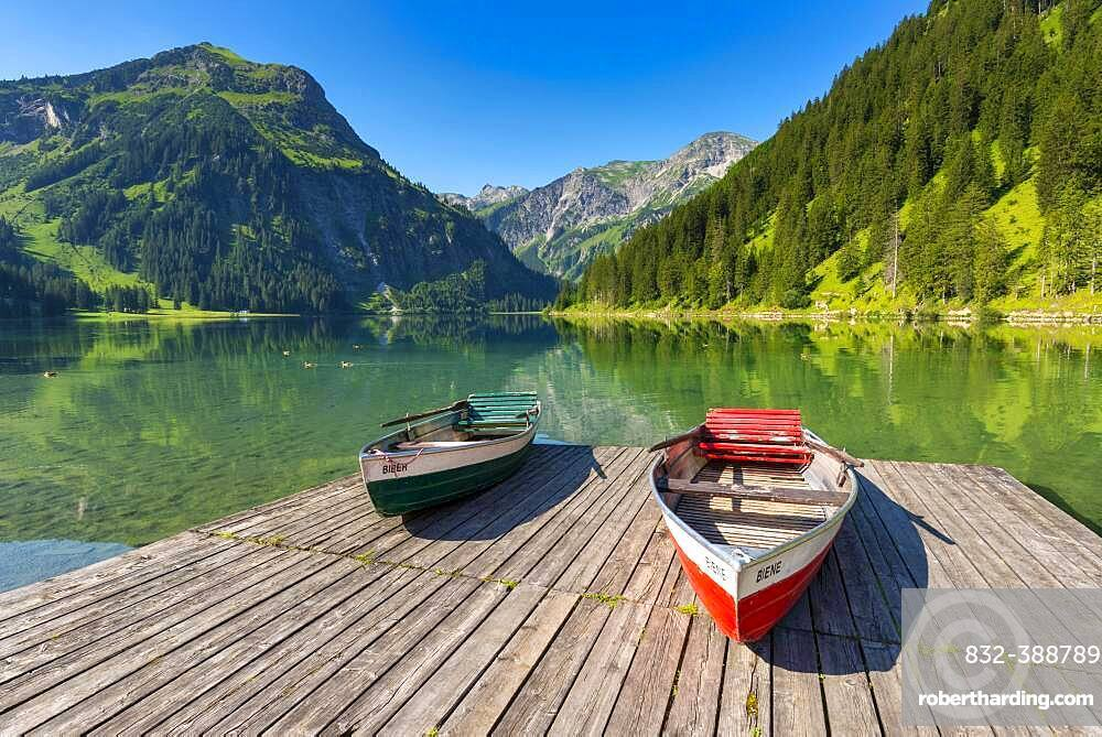 Rowing boats, Vilsalpsee in the nature reserve Vilsalpsee, Tannheimer Tal, Allgaeu, Tyrol, Austria, Europe