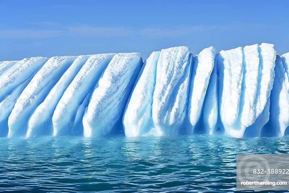 Iceberg drifts through Icefjord, UNESCO World Heritage Site, Disko Bay, Ilulissat, West Greenland, Greenland, North America