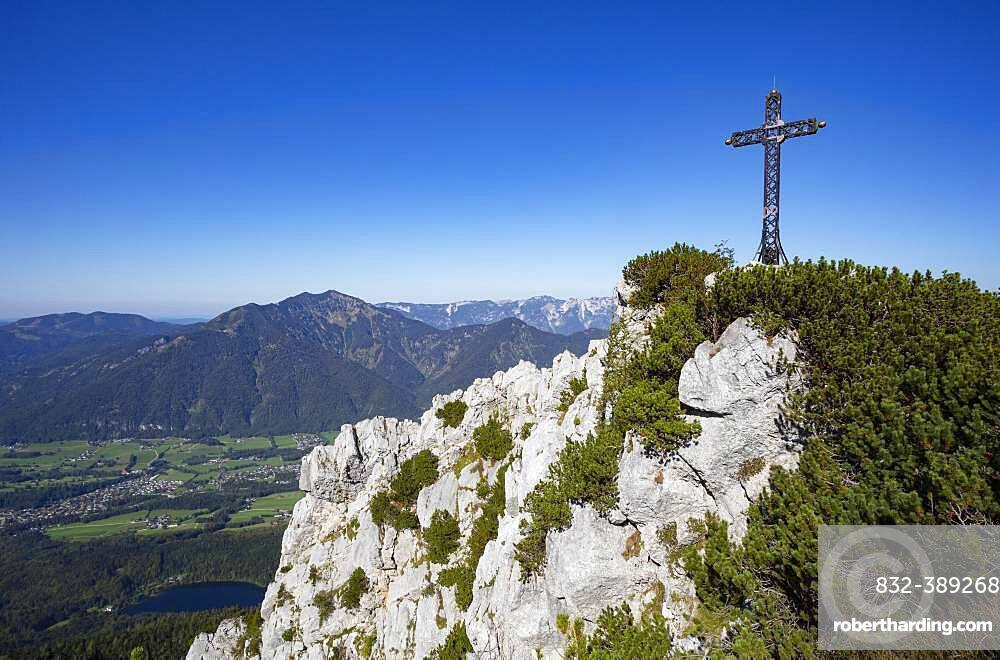 Franz Josef Cross on Mount Katrin, below Nussensee, Bad Ischl, Salzkammergut, Upper Austria, Austria, Europe