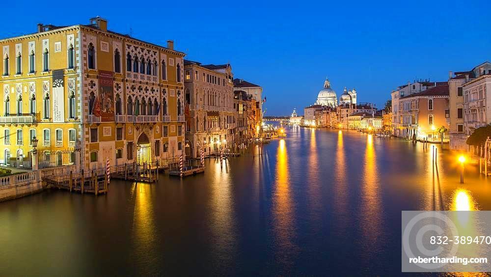 Canal Grande at night, left Renaissance palace Palazzo Cavalli-Franchetti, back church Santa Maria della Salute, Venice, Italy, Europe