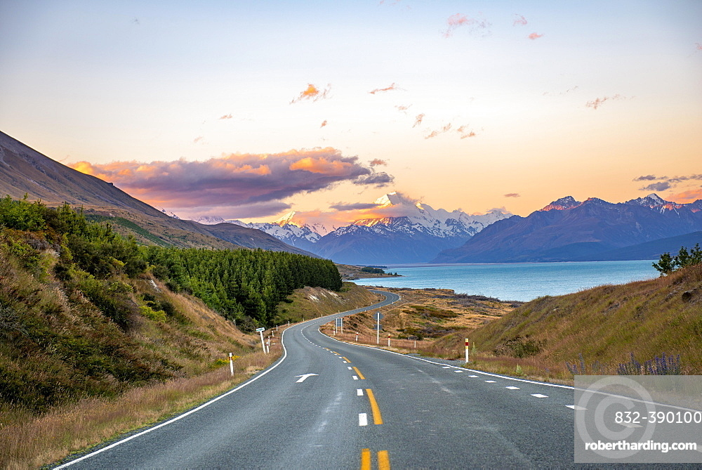 Road with view of Mount Cook, sunset, Lake Pukaki, Mount Cook National Park, Southern Alps, Canterbury, South Island, New Zealand, Oceania