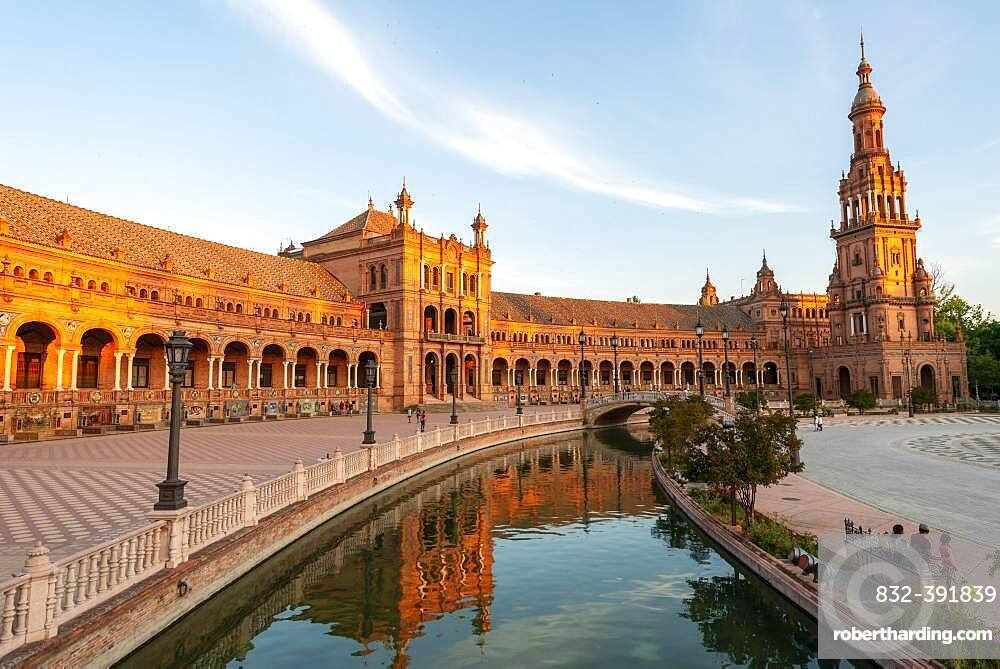 Plaza de Espana in the evening light with reflection in the canal, Sevilla, Andalusia, Spain, Europe