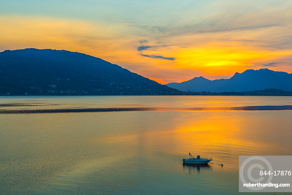 View of sunrise on Lake Maggiore from Baveno, Lago Maggiore, Piedmont, Italian Lakes, Italy, Europe