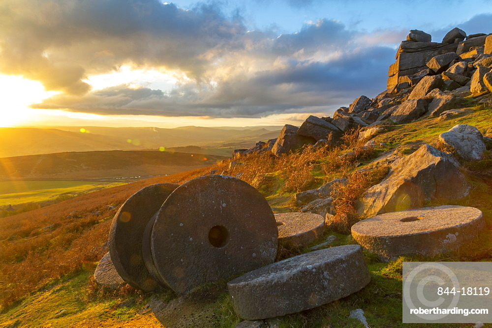 Millstones at Curbar Edge during sunset in Peak District National Park, England, Europe