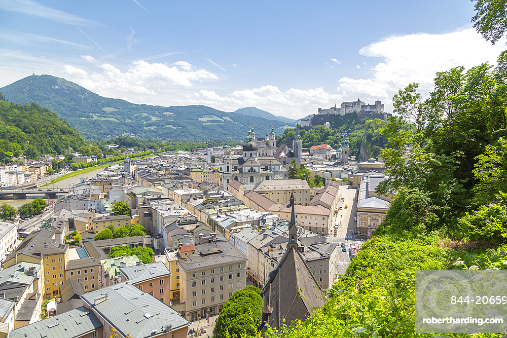 View of Salzach River, The Old City and Hohensalzburg Castle to the right, Salzburg, Austria, Europe
