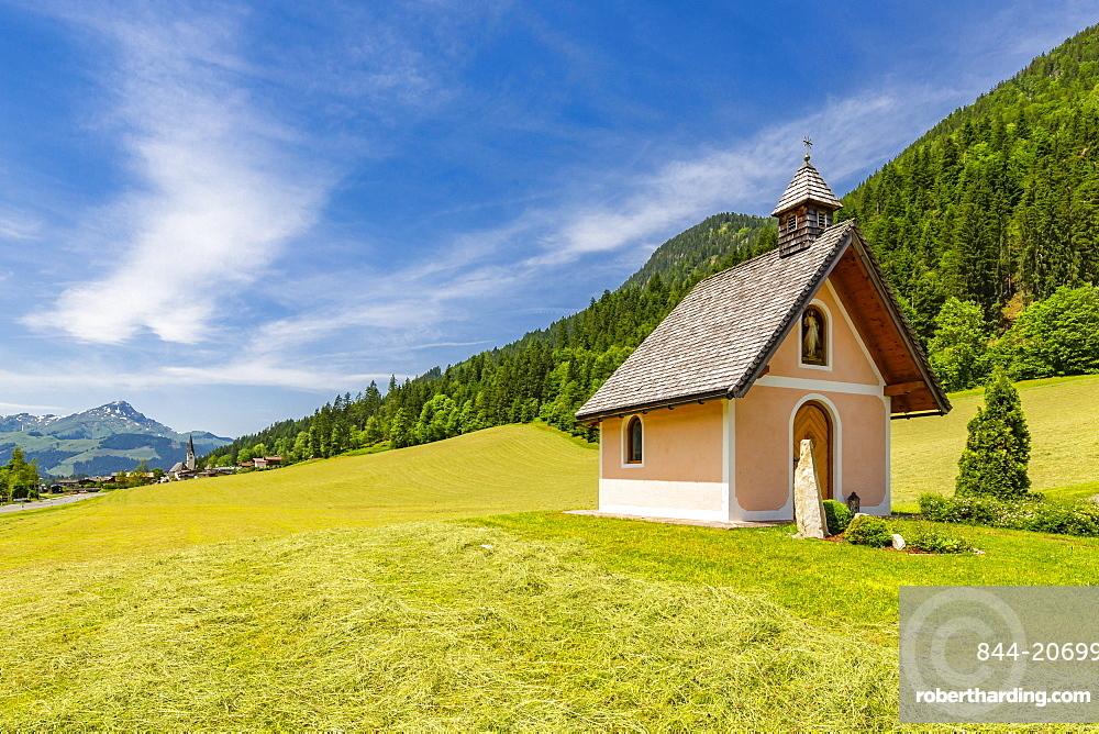 View of small chapel near St. Johann, Austrian Alps, Tyrol, Austria, Europe