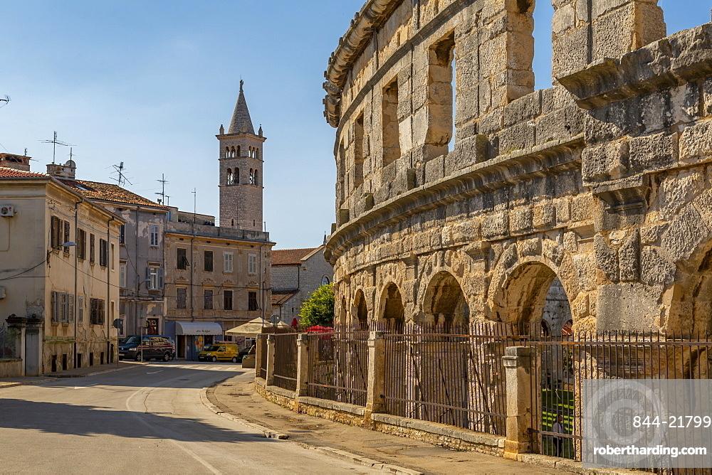 View of Catholic Church next to the Amphitheatre, Pula, Istria County, Croatia, Adriatic, Europe