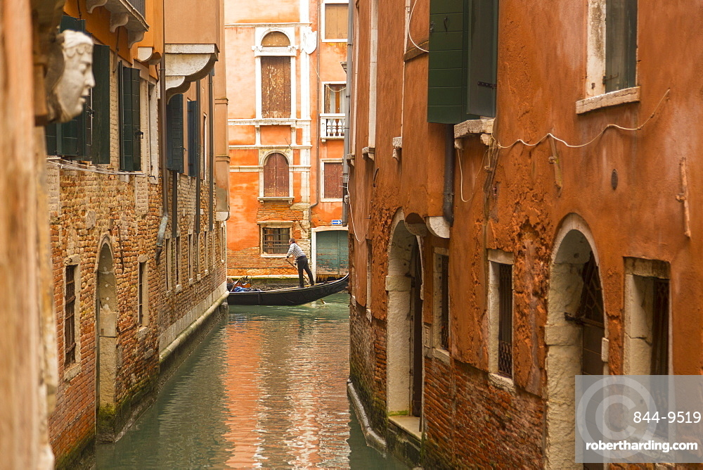 Canal and gondolier, Venice, UNESCO World Heritage Site, Veneto, Italy, Europe