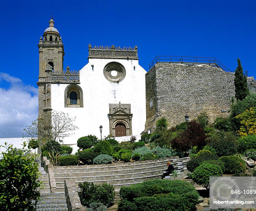 Plaza Iglesia Mayor and the church of Santa Maria la Coronada, Medina Sidonia, Andalucia, Spain, Europe