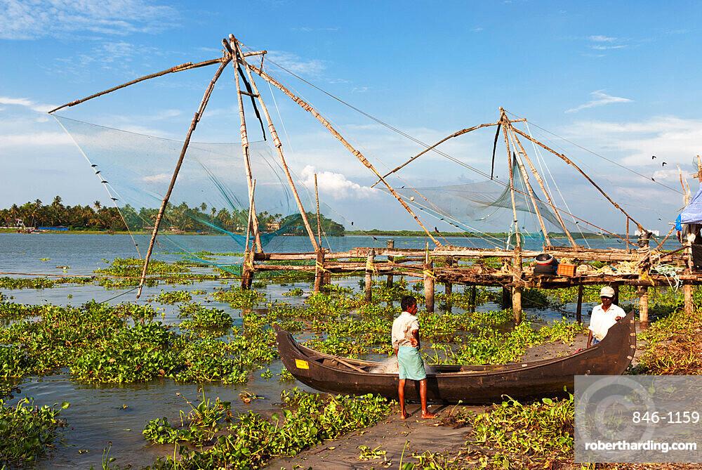 Chinese fishing nets, Kochi (Cochin), Kerala, India, Asia