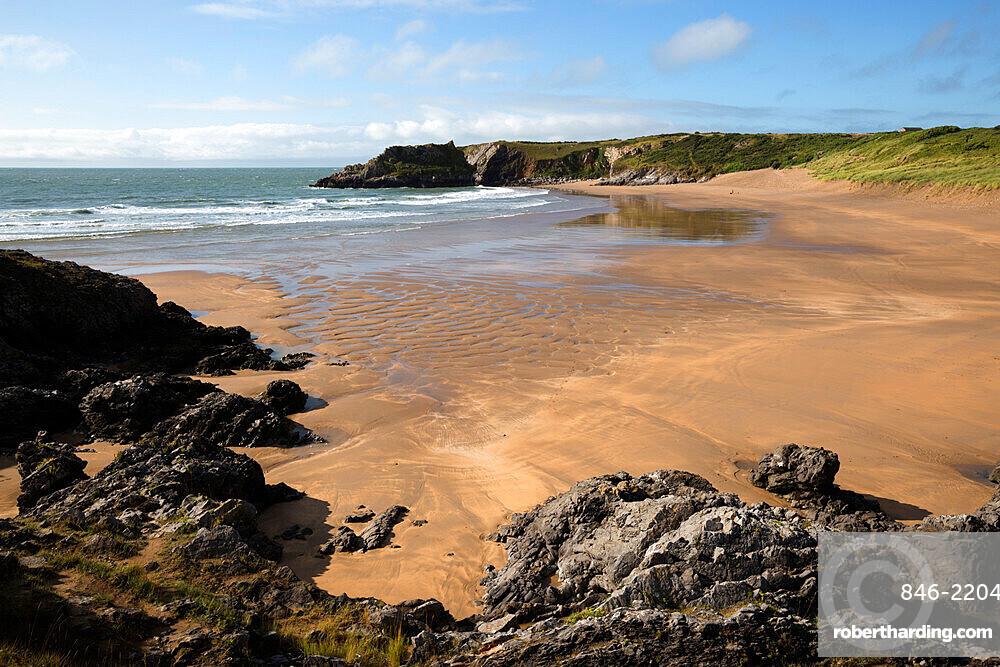 Broad Haven beach, near Stackpole, Pembrokeshire Coast National Park, Pembrokeshire, Wales, United Kingdom, Europe