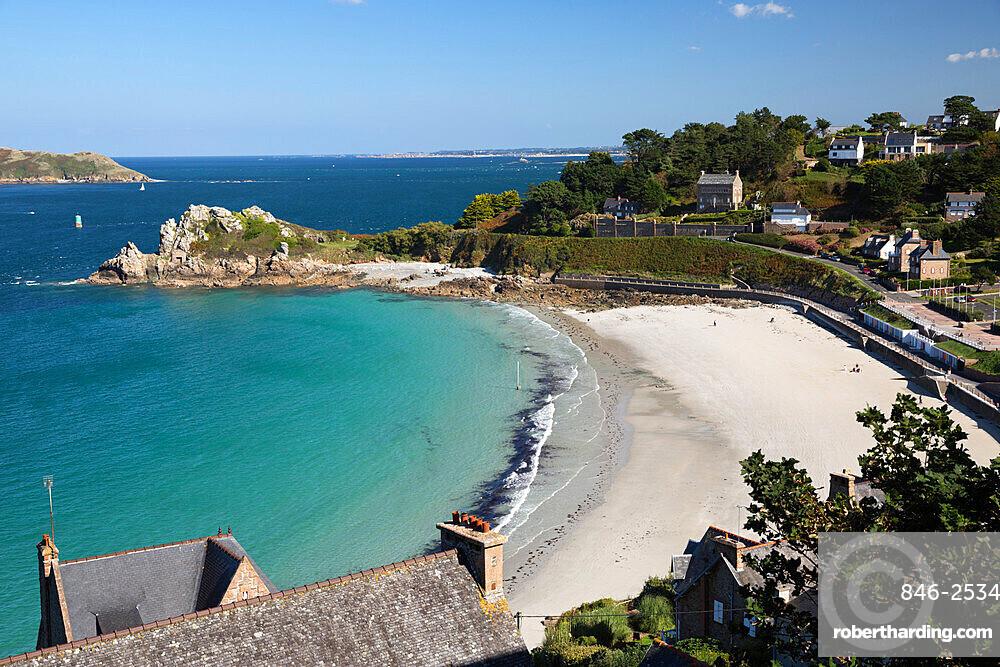 Trestrignel beach and Pointe du Chateau, Perros-Guirec, Cote de Granit Rose, Cotes d'Armor, Brittany, France, Europe