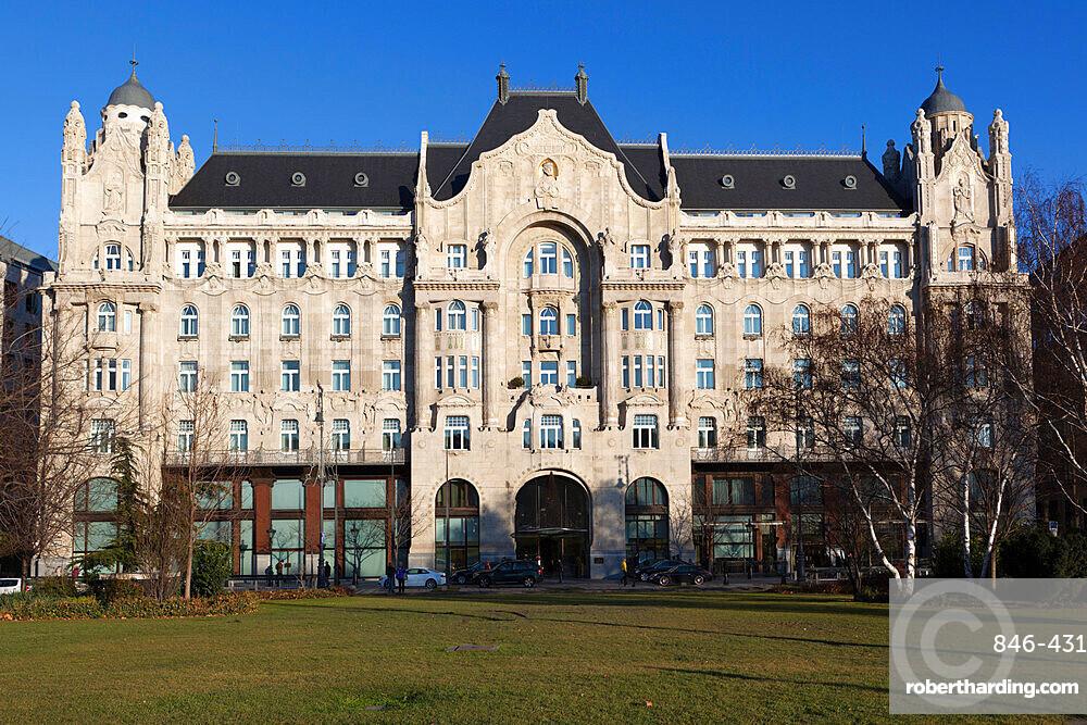 Hotel Gresham Palace, Roosevelt Ter, Budapest, Hungary, Europe