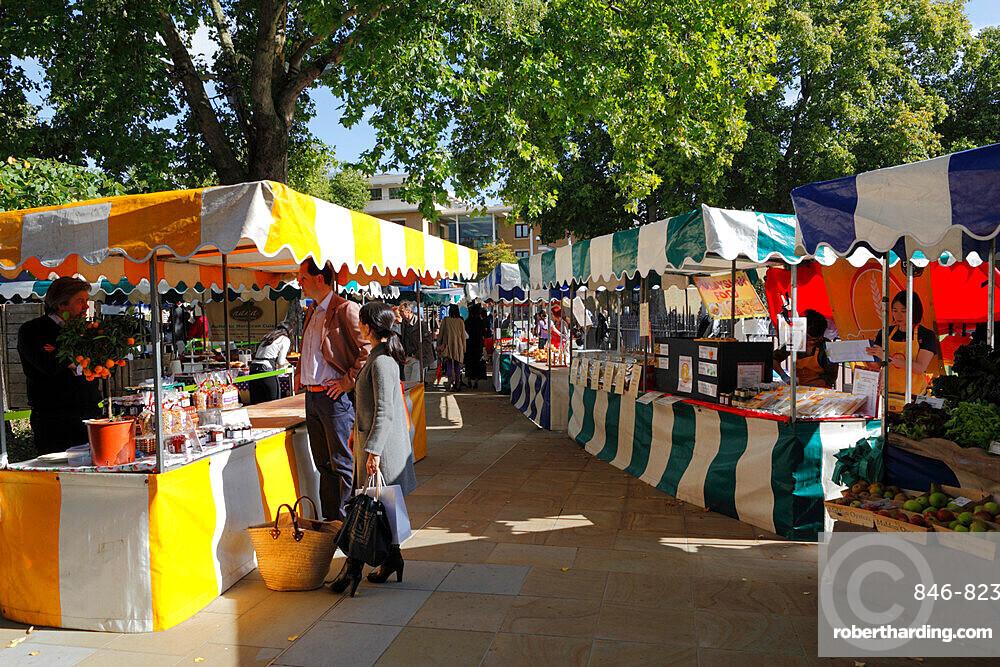Saturday farmers market, Duke of York Square, King's Road, Chelsea, London, England, United Kingdom, Europe