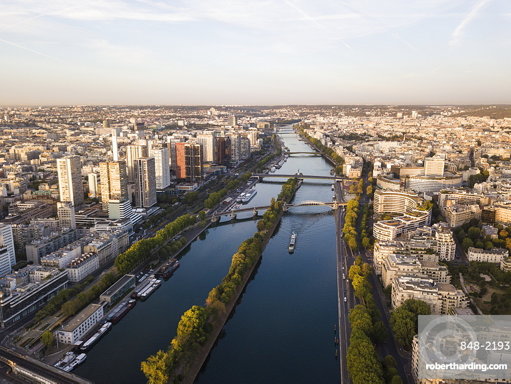 River Seine at dawn, Paris, v?le-de-France, France, Europe