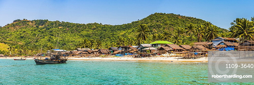 Beach on the Dawei Peninsula, Tanintharyi Region, Myanmar (Burma), Asia