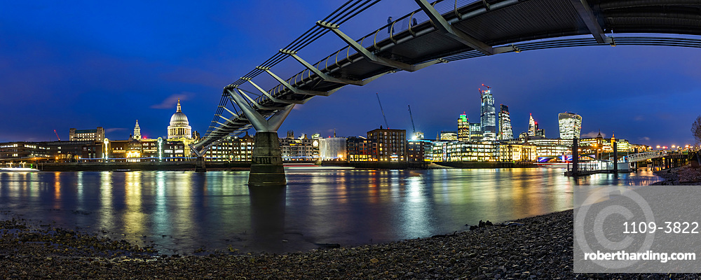 St. Pauls Cathedral and Millennium Bridge at night, City of London, London, England, United Kingdom, Europe