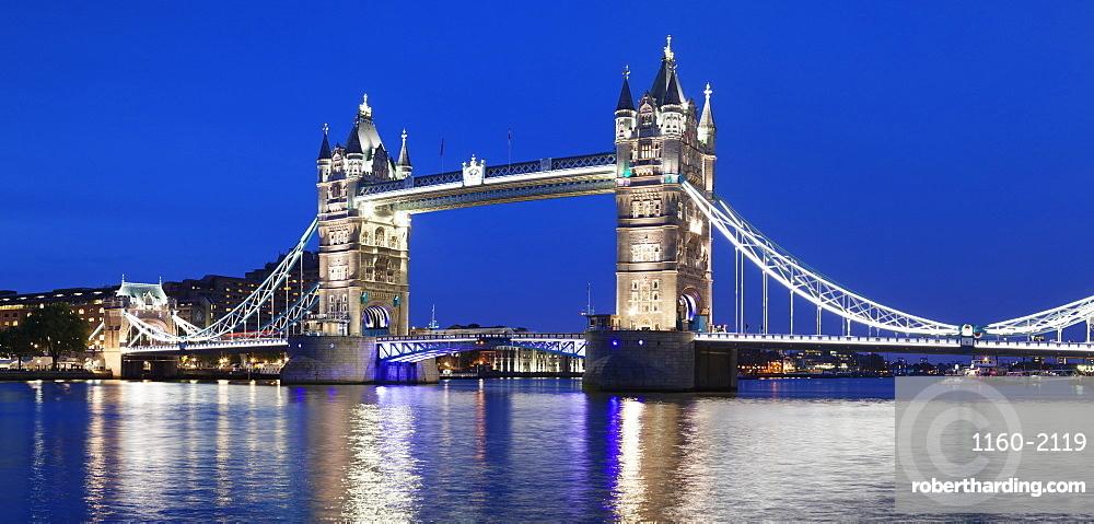 River Thames and Tower Bridge at night, London, England, United Kingdom, Europe