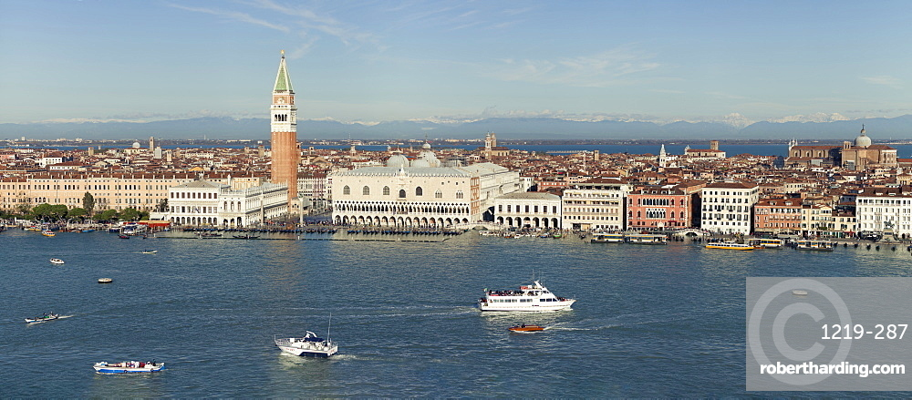 Panorama of Venice waterfront including Doge's Palace, Campanile, St. Mark's Square and Bridge of Sighs, taken from San Giorgio Maggiore, Venice, UNESCO World Heritage Site, Veneto, Italy, Europe