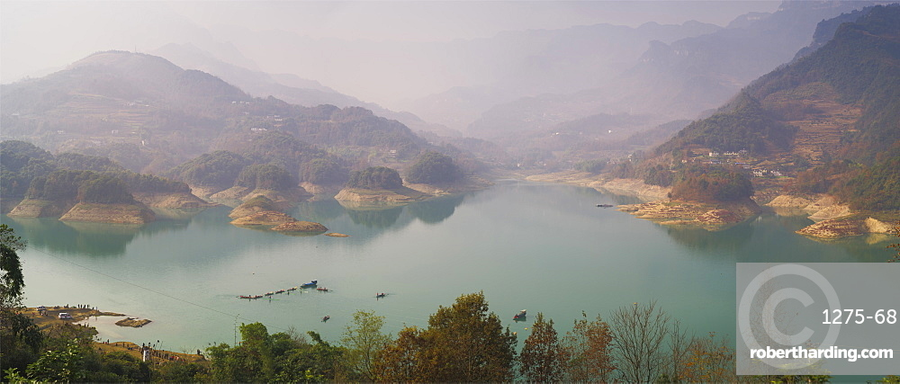 Panorama of Shiqiao Lake of the Wulong Karst geological park, UNESCO World Heritage Site, Wulong county, Chongqing, China, Asia