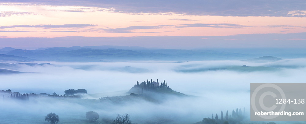 Podere Belvedere and mist at sunrise, San Quirico d'Orcia, Val d'Orcia, UNESCO World Heritage Site, Tuscany, Italy, Europe