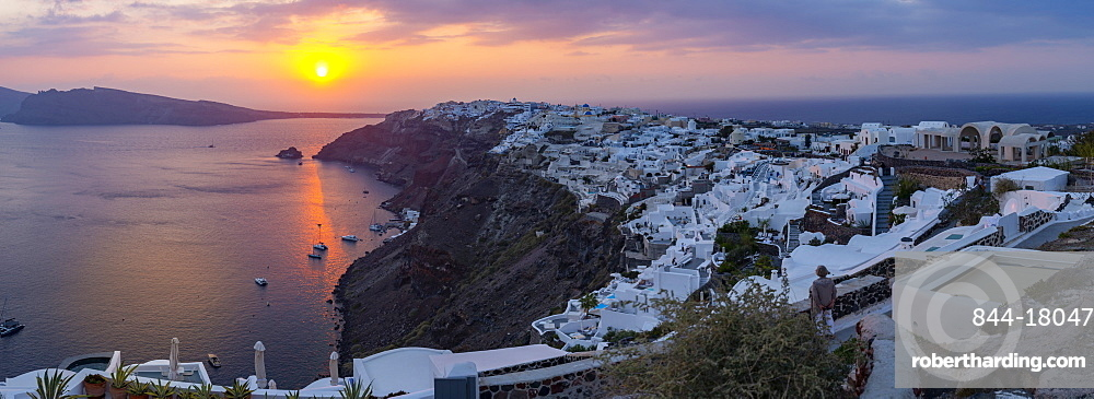 View of Oia village at sunset, Santorini, Cyclades, Aegean Islands, Greek Islands, Greece, Europe