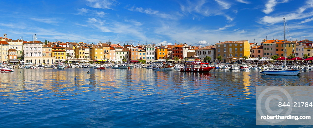 View of harbour and colourful buildings of the Old Town, Rovinj, Croatian Adriatic Sea, Istria, Croatia, Europe
