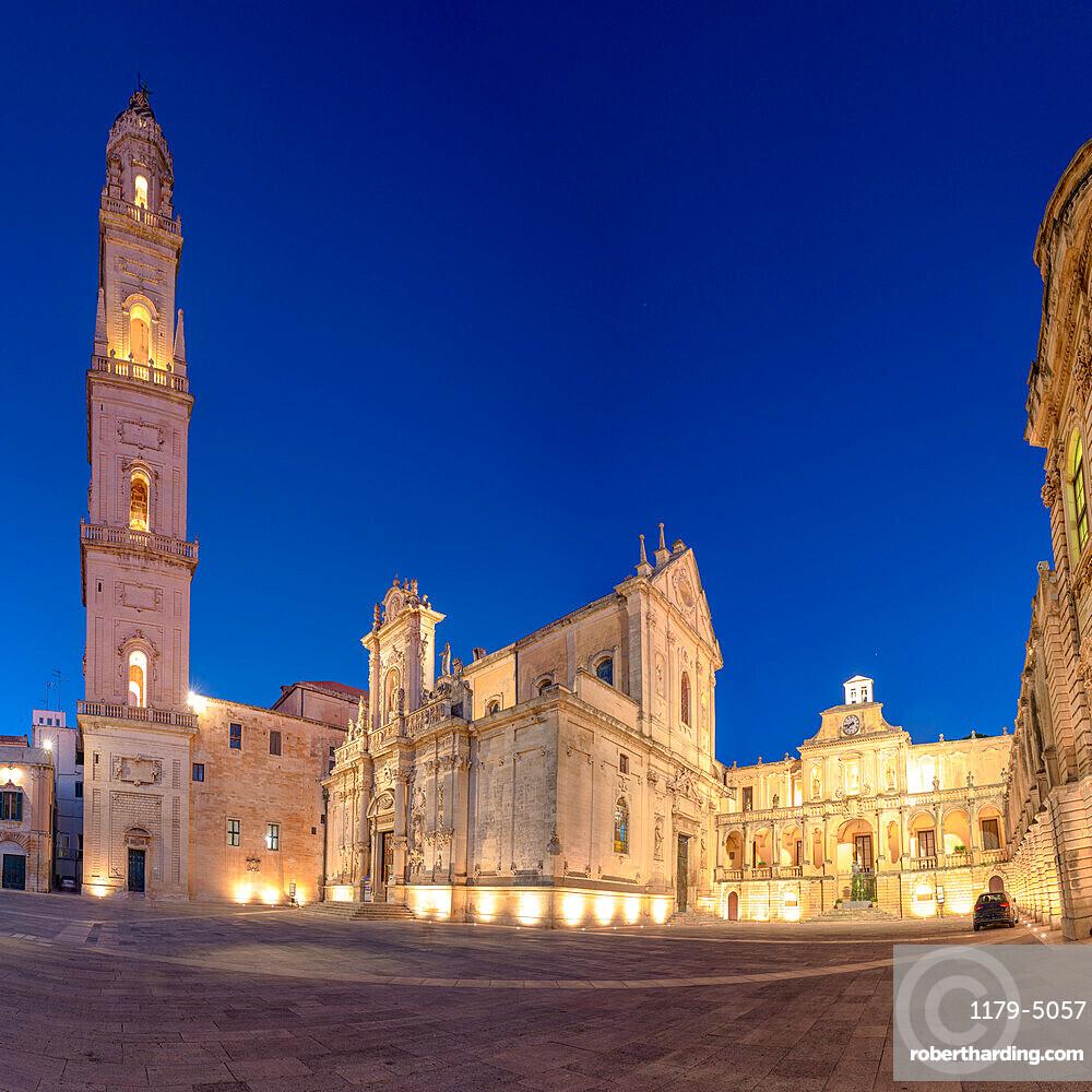 Cathedral and Piazza del Duomo square of Lecce at dusk, Salento, Apulia, Italy