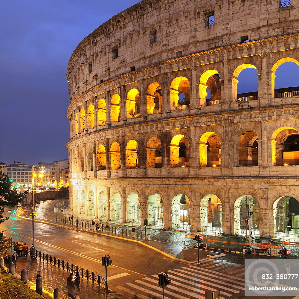 Illuminated Colosseum, Colosseo, UNESCO World Heritage, Rome, Lazio, Italy, Europe