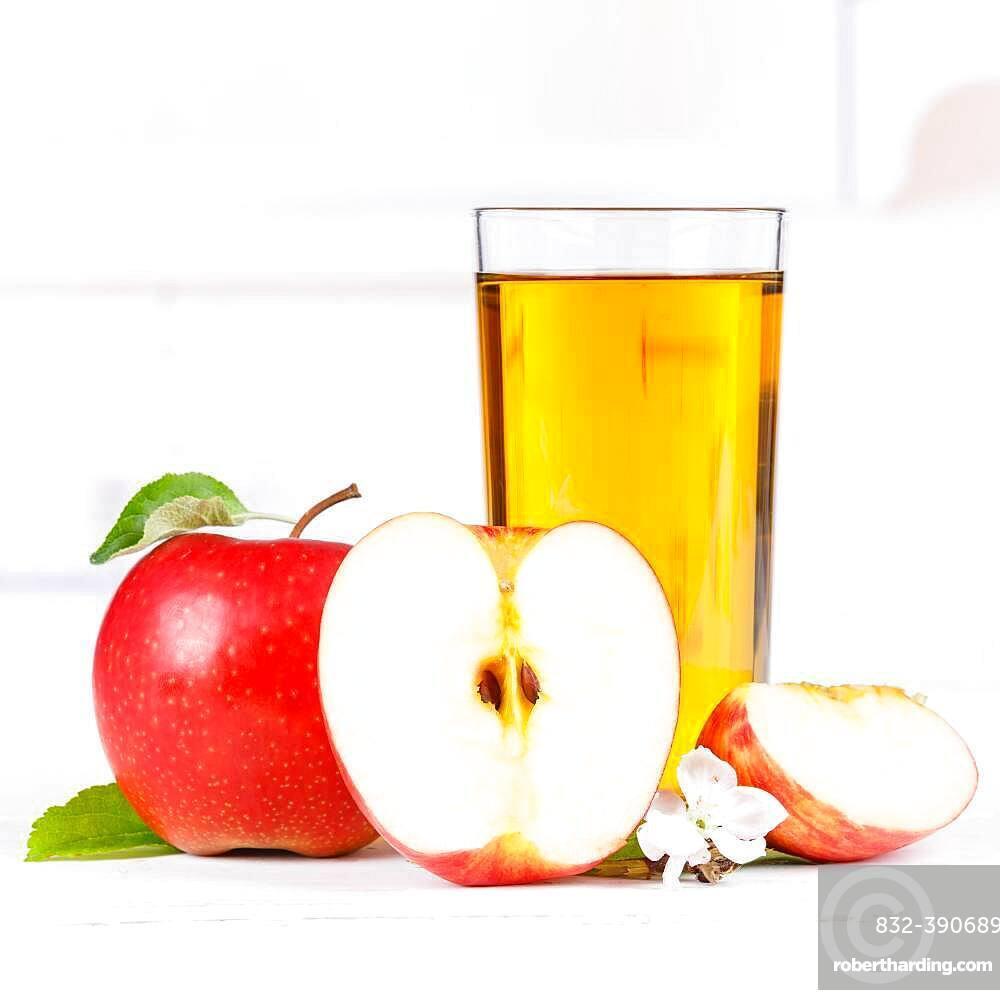 Apple juice apple juice apples glass square fruit juice drink