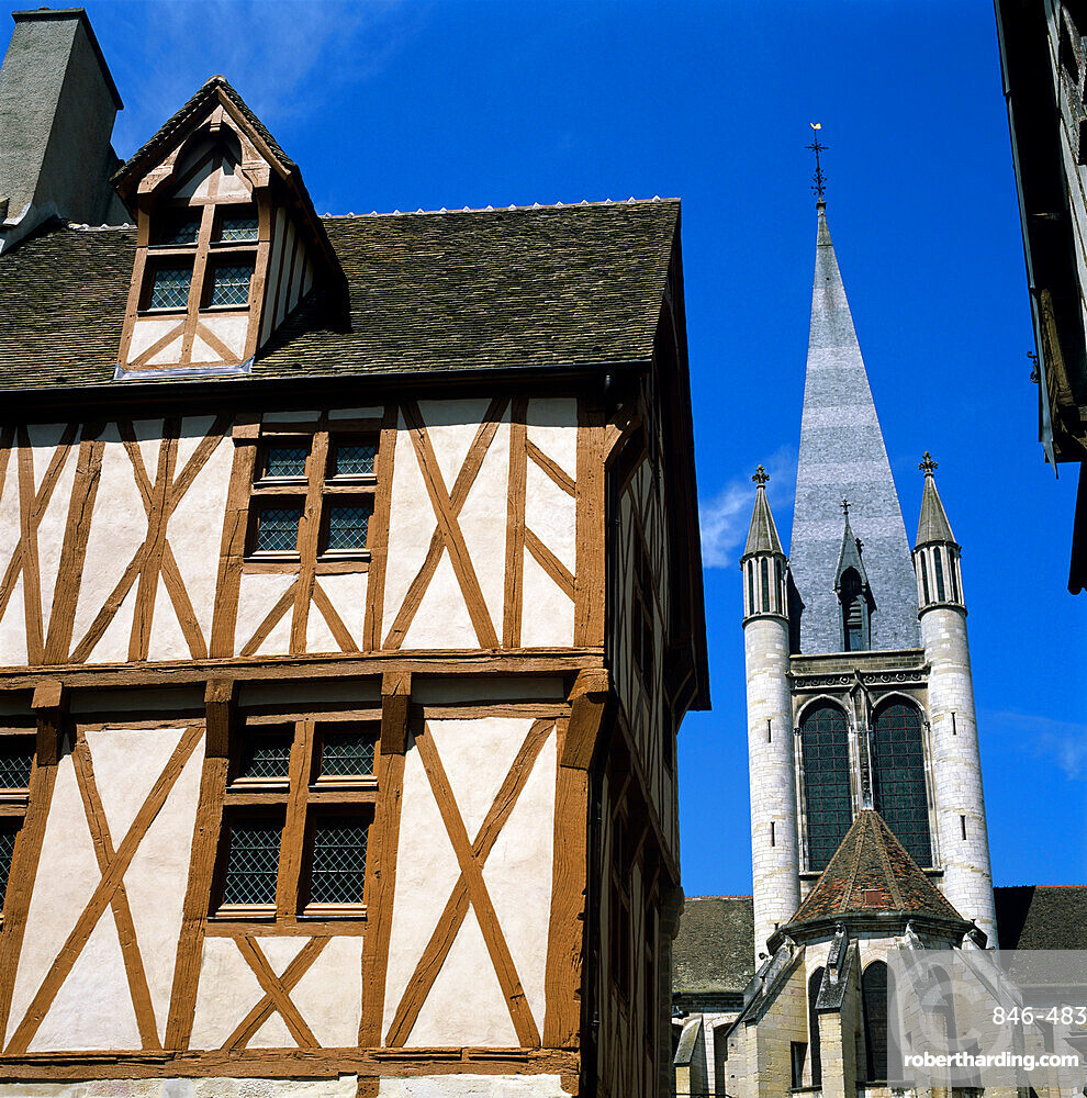 Timber framed house in the old district, Dijon, Burgundy, France, Europe