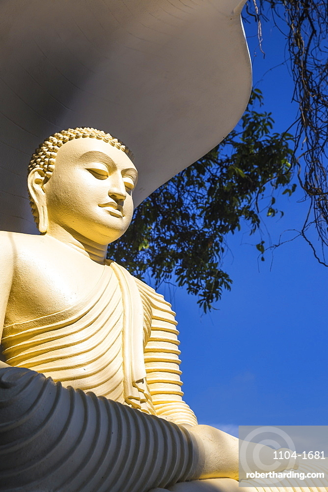 Buddha statue, Kandy, Central Province, Sri Lanka, Asia