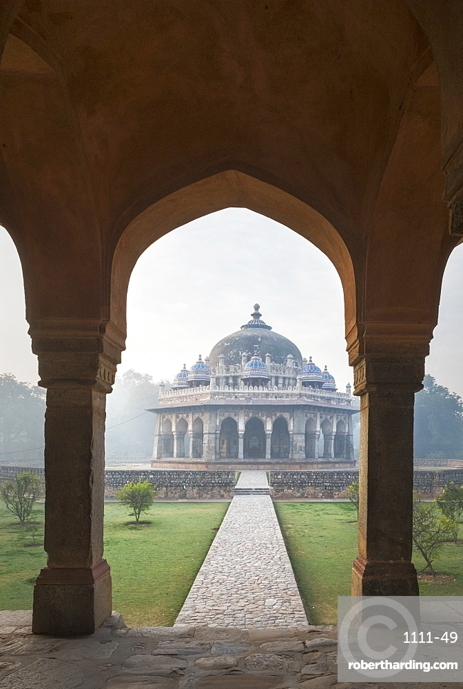 Archway by Isa Khan Tomb in Delhi, India, Asia