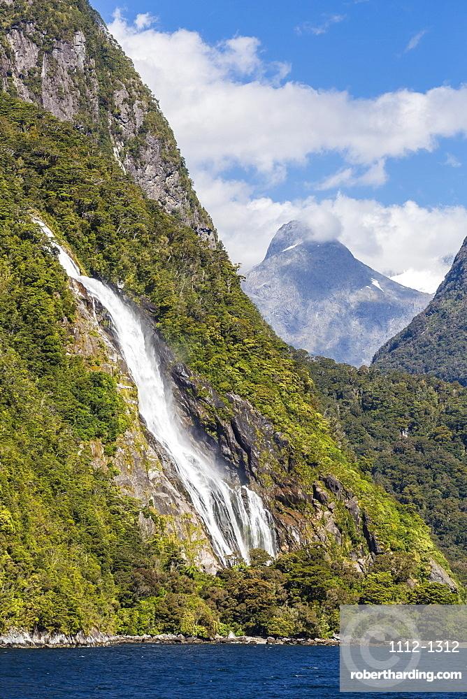 Lady Bowen Waterfall In Milford Stock Photo