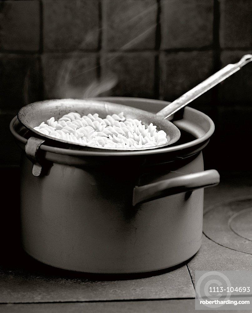 Saucepan with pasta, Food, Nutrition