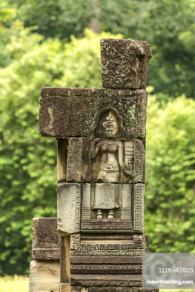 Sculpture of woman in Baphuon temple column, Angkor Wat, Siem Reap, Siem Reap Province, Cambodia