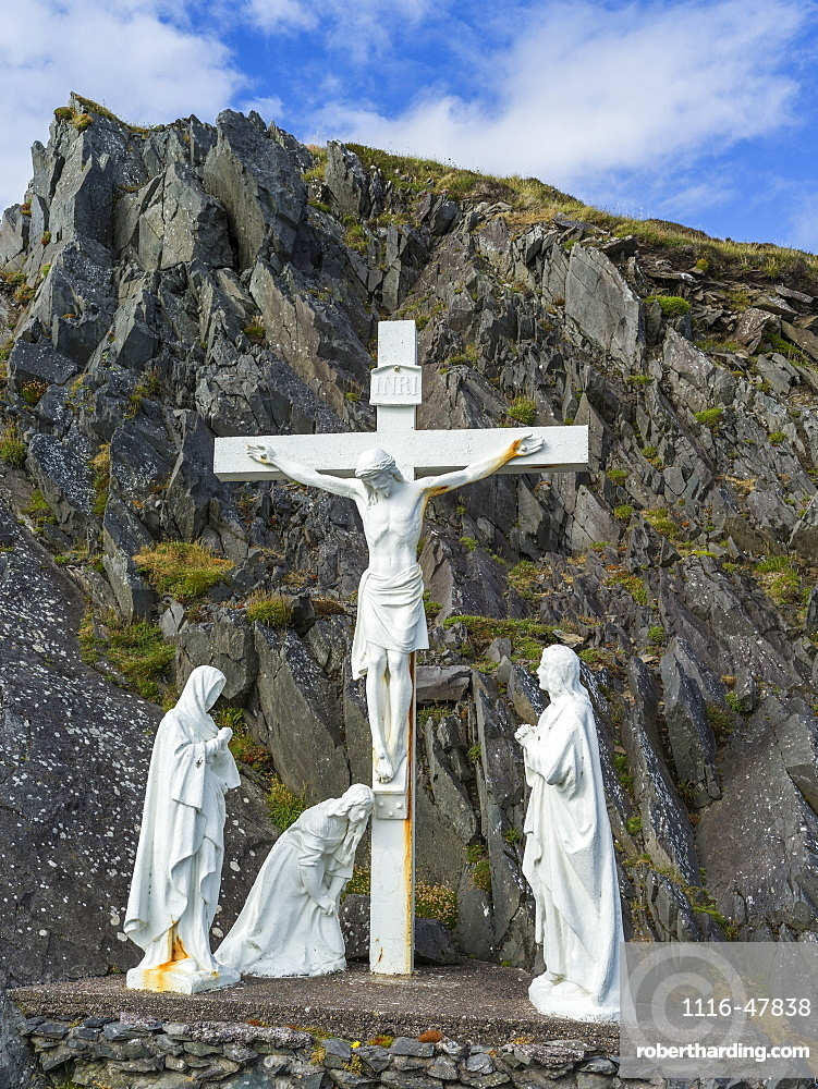 White statues representing Christ's crucifixion, Ballyferriter, County Kerry, Ireland