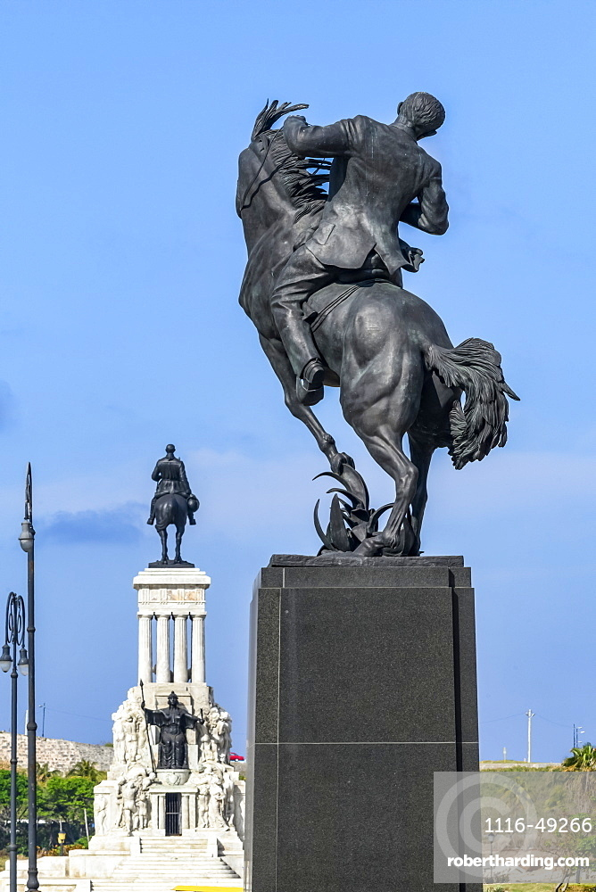 The monument to General Antonio Maceo and the Calixto Garcia Monument on the Malecon, Havana, Cuba