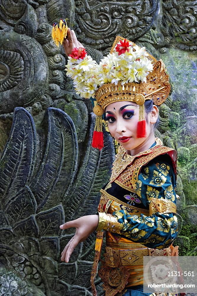 Balinese dancer, Monkey Forest, Ubud, Bali, Indonesia, Southeast Asia, Asia