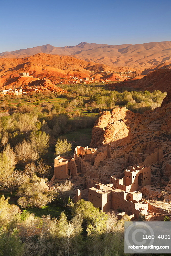 Kasbah ruin, Dades Valley, Atlas Mountains, Southern Morocco, Morocco, North Africa, Africa